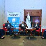 Representantes de Fusades, Funde, Asafondos y Fundaungo disertaron sobre el tema de pensiones ayer, durante un foro.