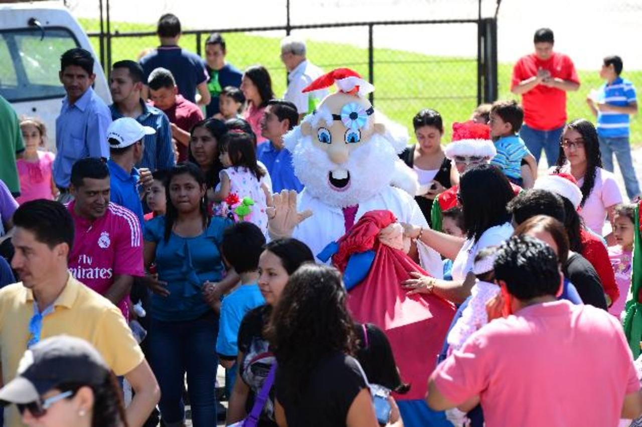 Grupo San Nicolás organiza fiesta infantil de Navidad