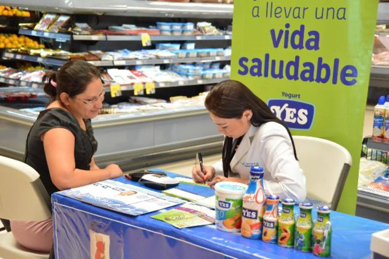 En algunas salas de Súper Selectos se podrá recibir asesoría nutricional e información para perder peso. foto edh / Cortesía