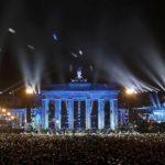 Merkel apela a la unidad de Europa en 25 aniversario de la caída del muro