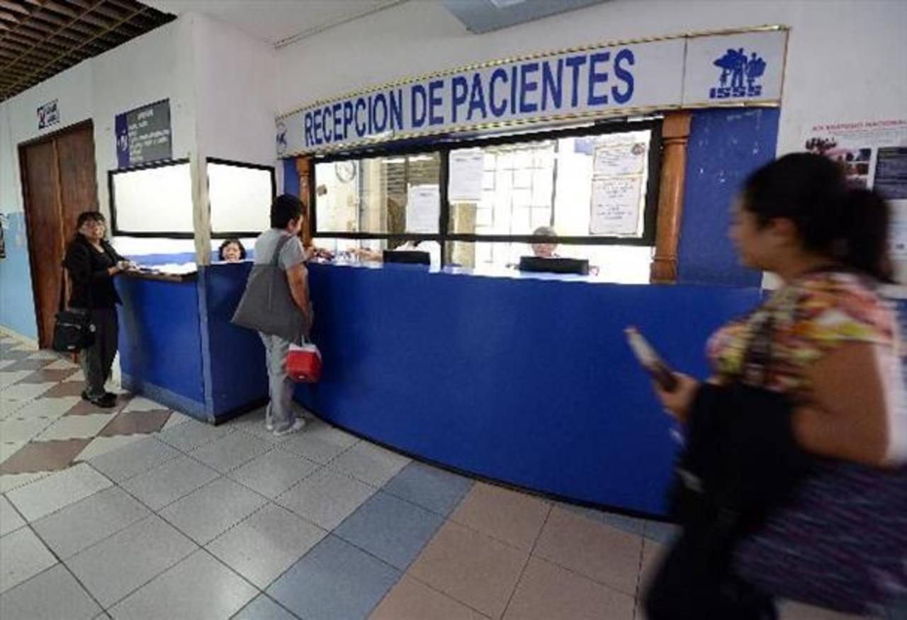 Ordenan prisión para médico del ISSS acusado de agresión sexual