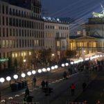 Berlín se ilumina para recordar la caída del muro