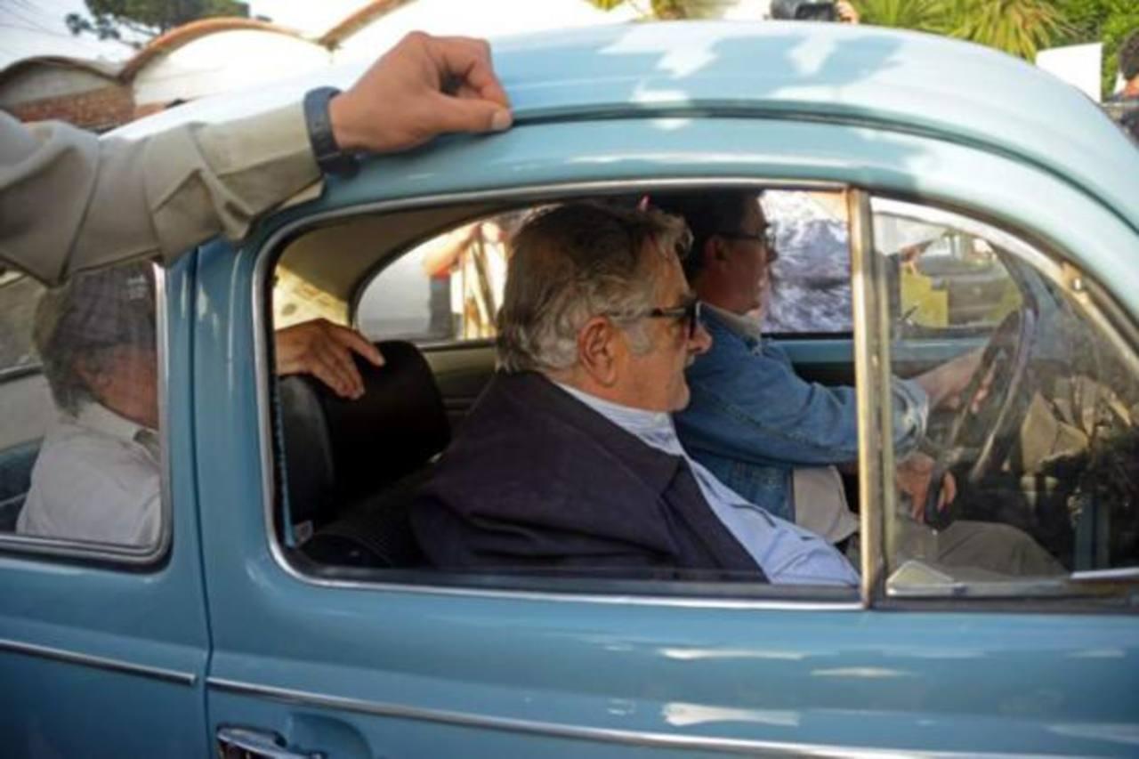 Ofrecen un millón de dólares por viejo Volkswagen de presidente uruguayo Mujica