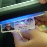 Connecticut dará licencia de conducir a migrantes