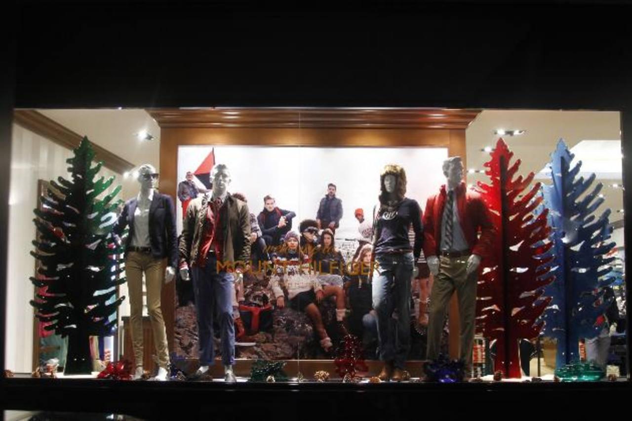 Tommy Hilfiger renueva su tienda en Multiplaza