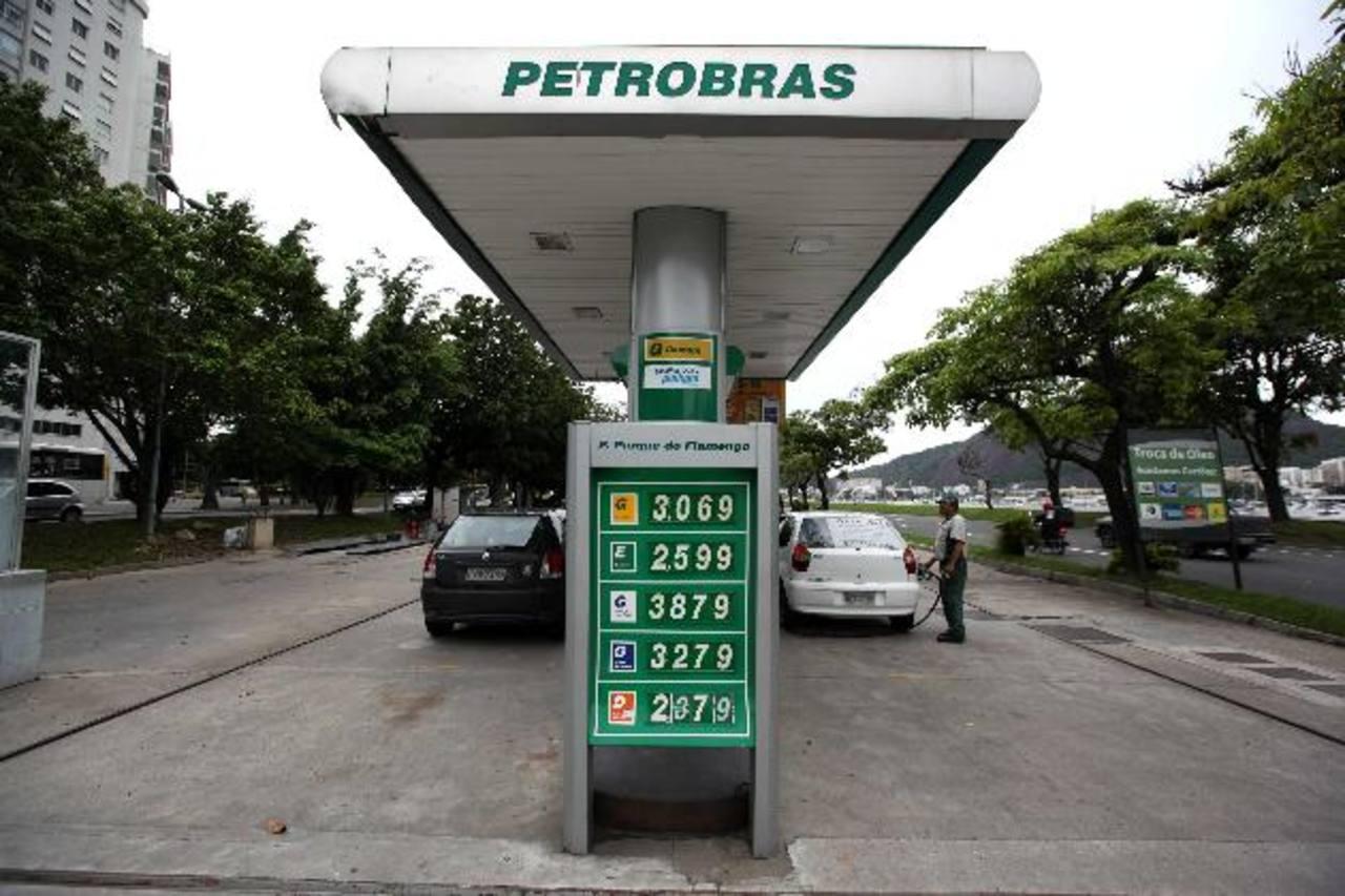 La estatal Petrobras también se encuentra en una delicada situación financiera. Foto EDH
