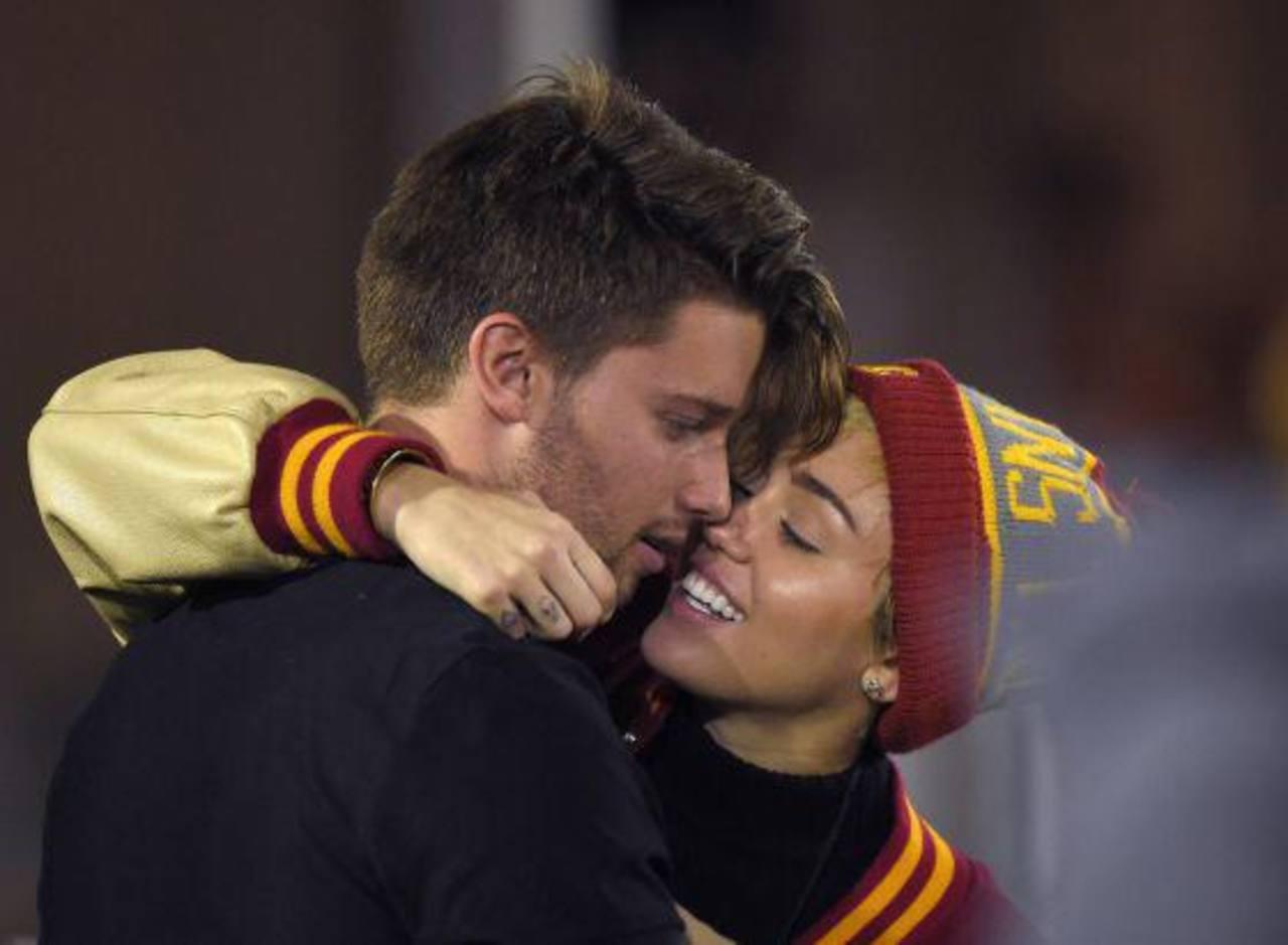 Miley Cyrus y Patrick Schwarzenegger son pareja... de nuevo
