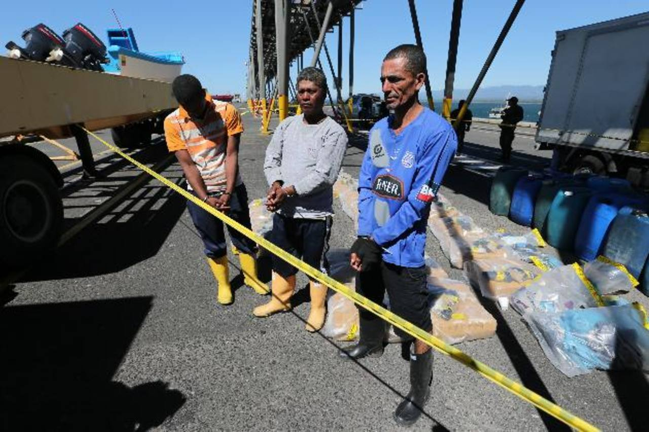 Decomisan $12.5 Mlls. en cocaína en Acajutla