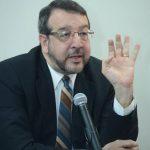 El director de IML, José Miguel Fortín Magaña.
