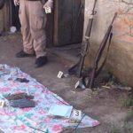 Hallan fusil, carabina y uniformes militares durante operativo en Santiago Nonualco