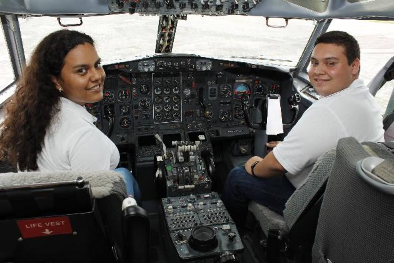 La institución cuenta con un Boeing 727 totalmente operativo, en el cual se capacitan los estudiantes. Fotos edh / cortesía