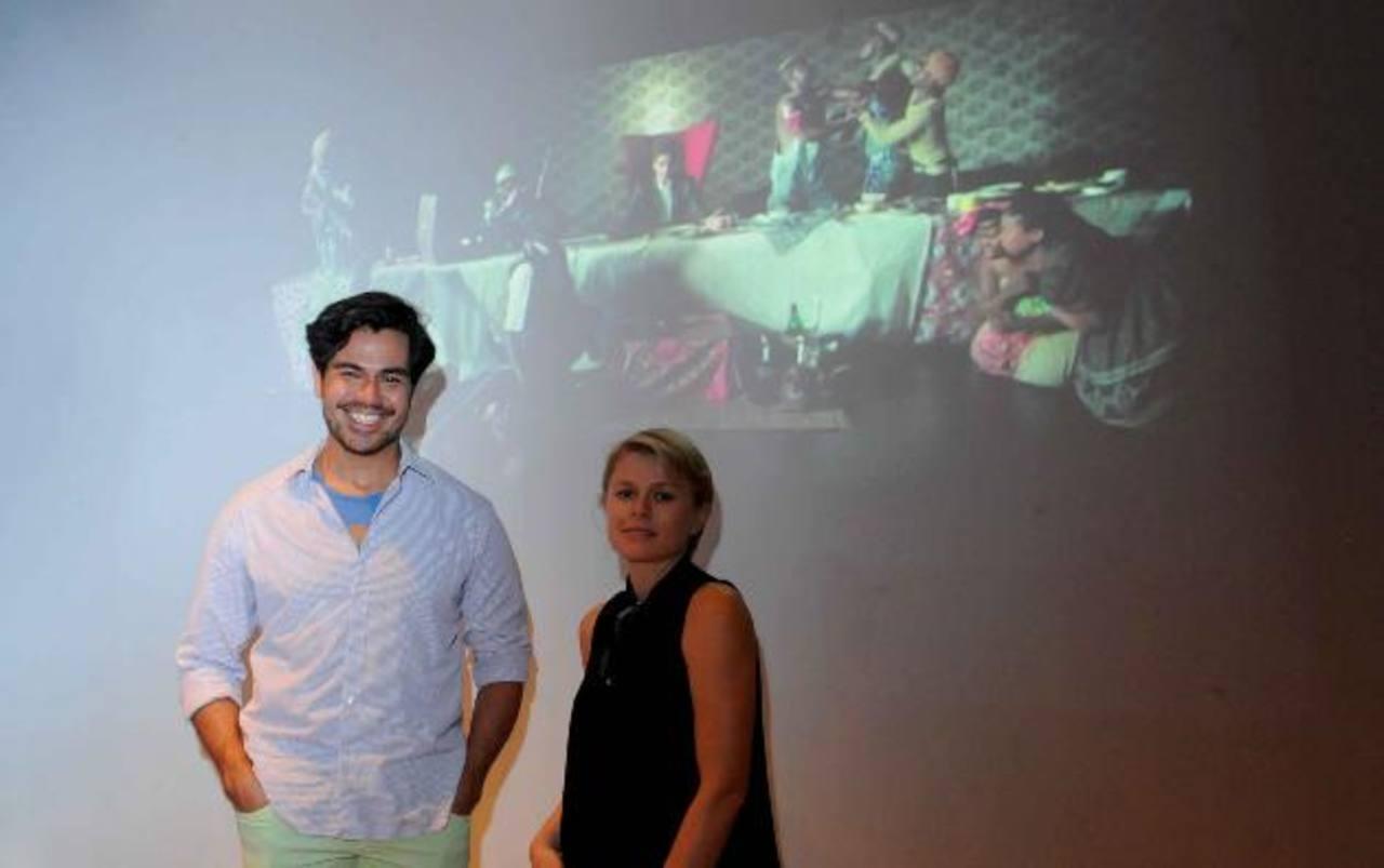 Los curadores del Marte Lucas Arévalo y Clarie Breukele tienen listo los montajes artísticos. Foto EDH / Lissette Monterrosa