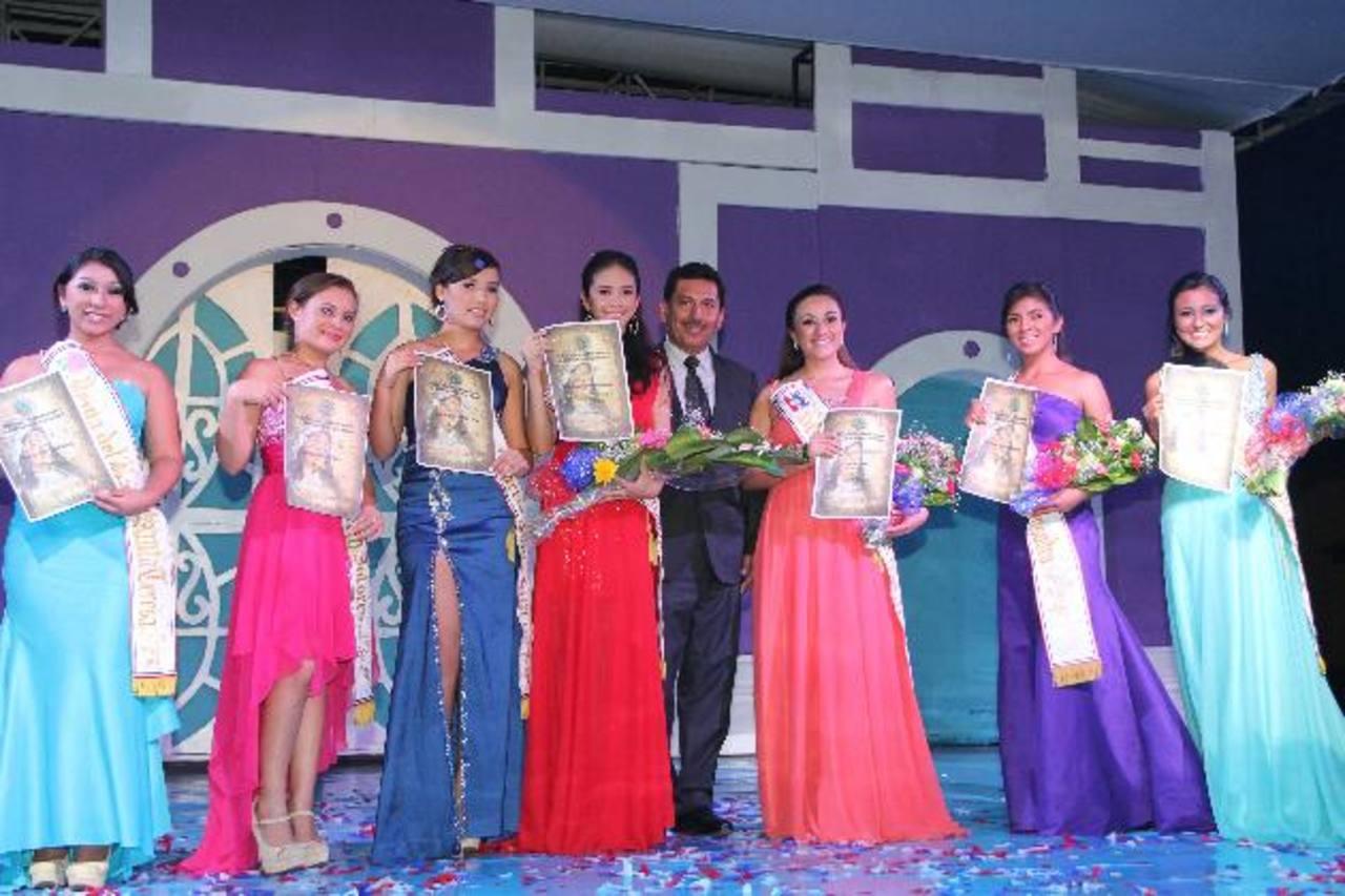 El fin de semana pasado fueron presentadas las reinas de los barrios. Foto EDH / cortesía