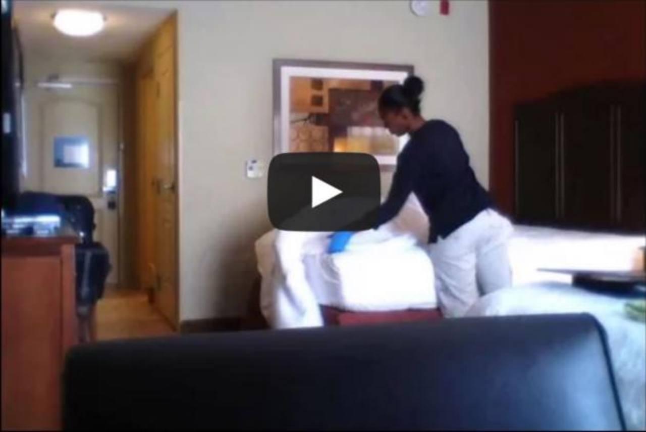 Video ¿Qué hace un trabajador de hotel además de limpiar tú habitación?