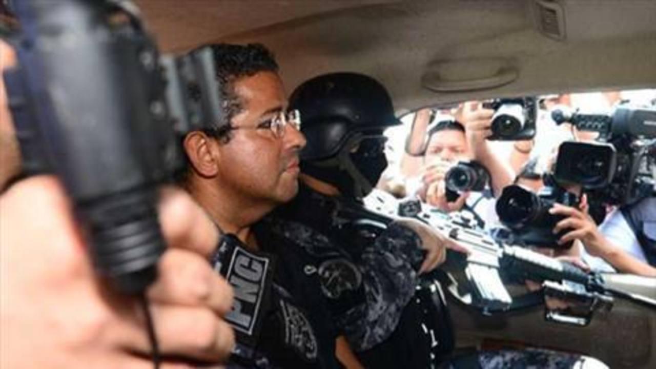 Expresidente Flores podría seguir hospitalizado 7 días más