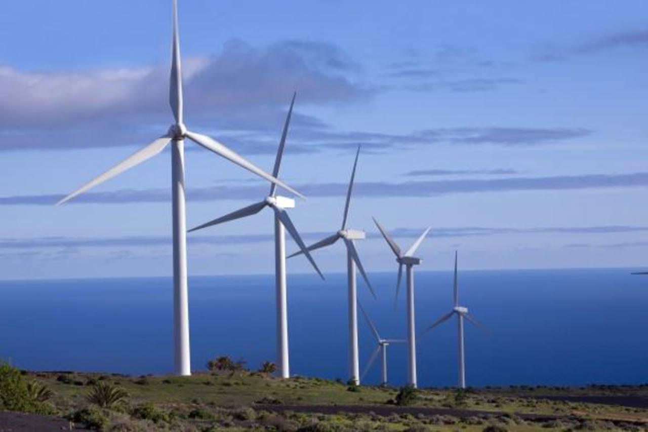 De acuerdo con la Alianza en Energía y Ambiente con Centroamérica (AEA), el Istmo se ha convertido en un líder mundial en energía renovable. Foto edh / Archivo