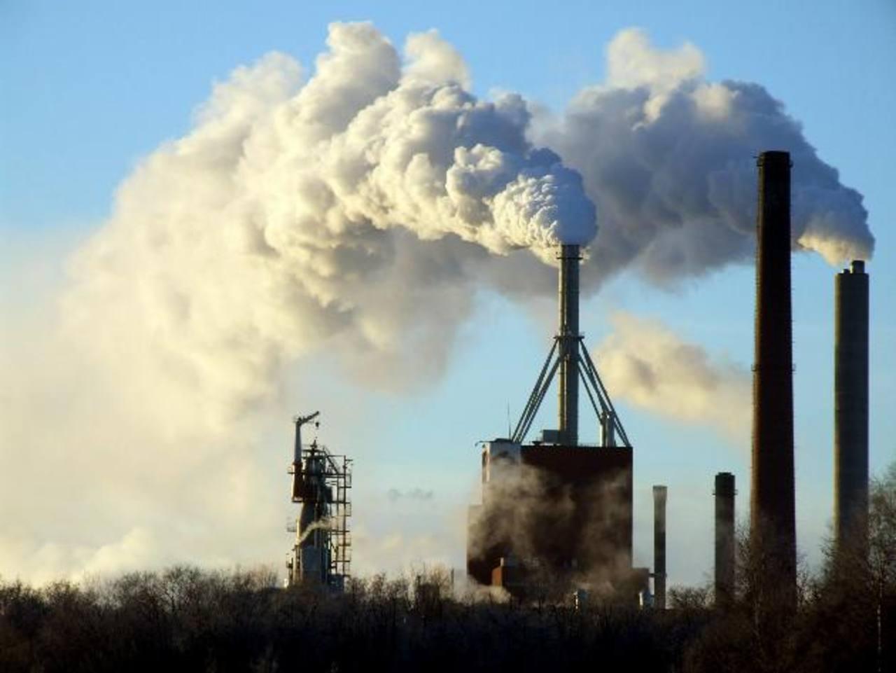 En el nuevo informe se afirma con claridad que el objetivo debe ser reducir a cero las emisiones de gases invernadero. foto edh