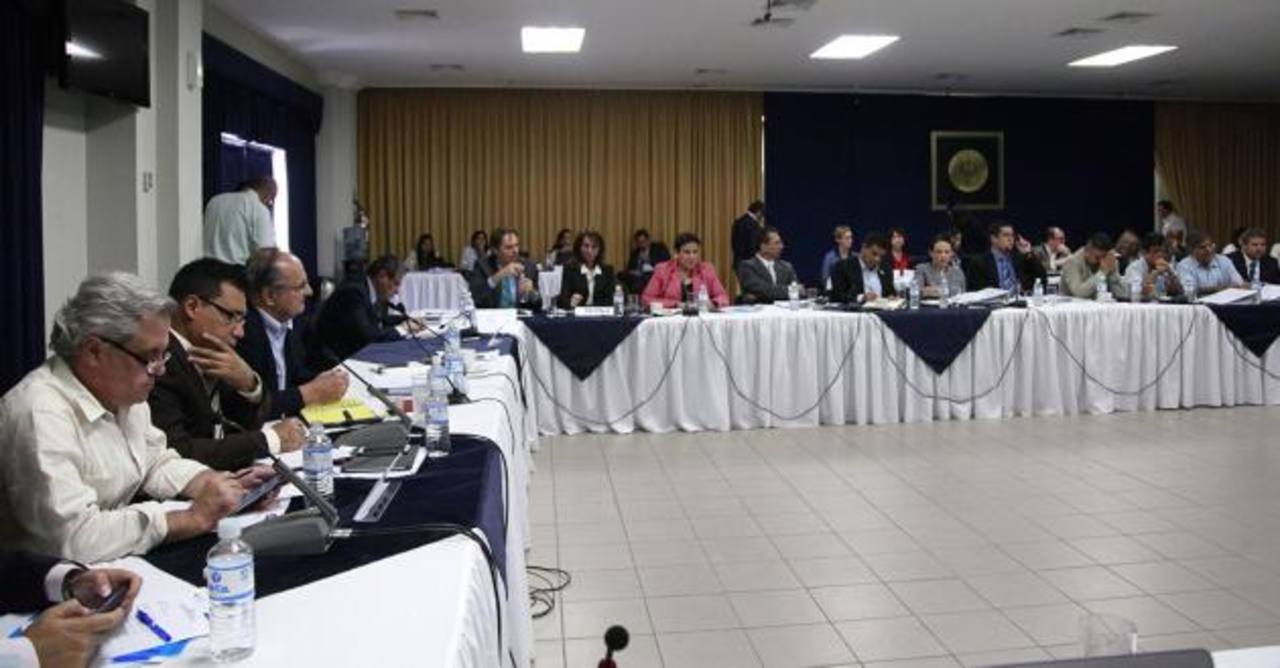 Los miembros del CNSCC sesionan al menos una vez a la semana en las instalaciones de Casa Presidencial. foto edh / ARCHIVO