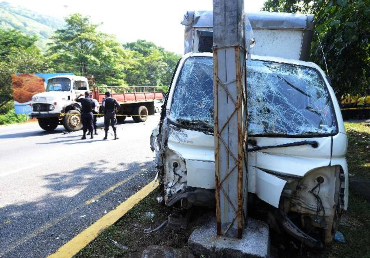 El accidente dejó un hombre muerto y un niño lesionado. Foto EDH / marlon Hernández