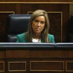 La ministra Ana Mato, en un acto en el Ministerio de Sanidad, durante una sesión del parlamento. foto edh / reuters