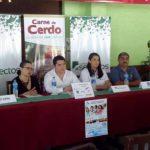 Selectos y otros patrocinadores anunciaron el Club del Lechón 2014. Foto EDH / Cortesía