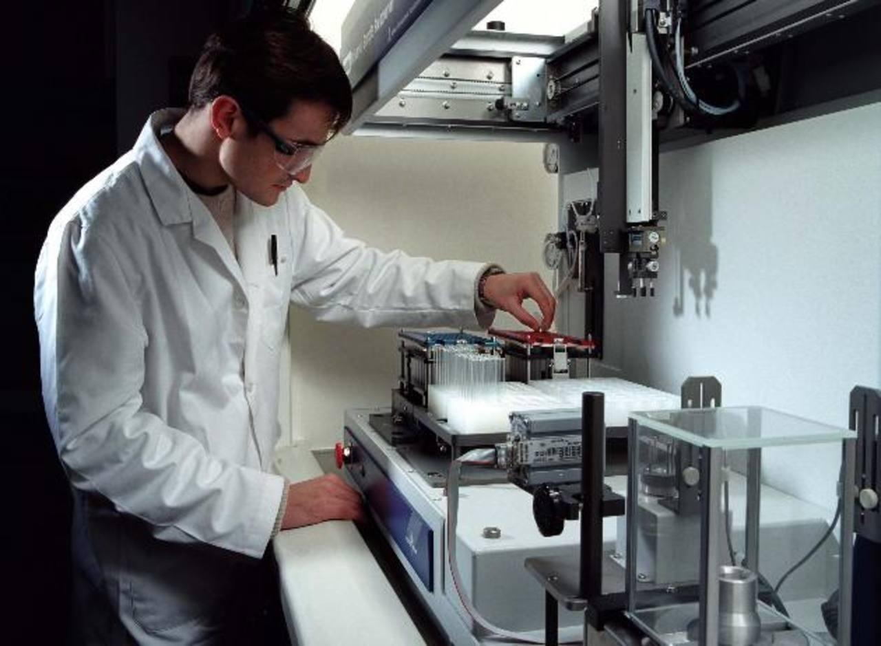 Por 30 años, los científicos han tratado infructuosamente de inhibir KRAS para detener el desarrollo tumoral. foto edh