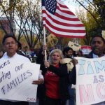 Revocan ley de Arizona contra inmigrantes