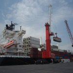 Un estudio comparó las tarifas de los puertos de la región.