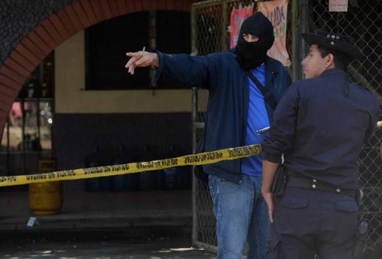 Carlos Mejía Avelar fue asesinado cuando descansaba en su casa situada en el Paisnal, tenía una pequeña tienda. Foto EDH/ Jaime AnayaLa zona donde fue asesinado Carlos Mejía es dominada por pandilleros que se dedican a extorsionar y robar.