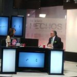 El candidato a la alcaldía de San Salvador, Fito Salume, en una entrevista televisiva.