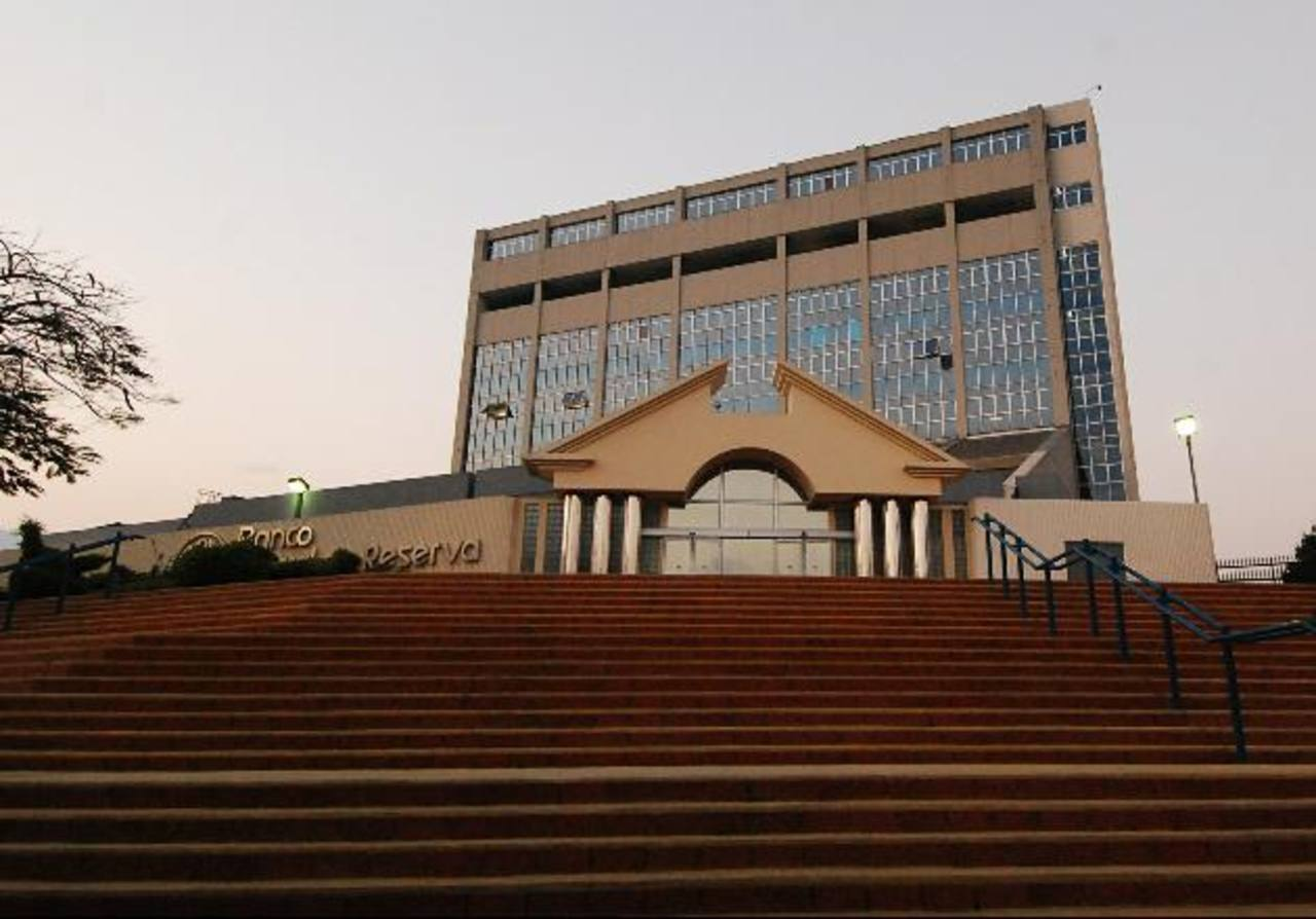 BCR respalda la exigencia de una política industrial