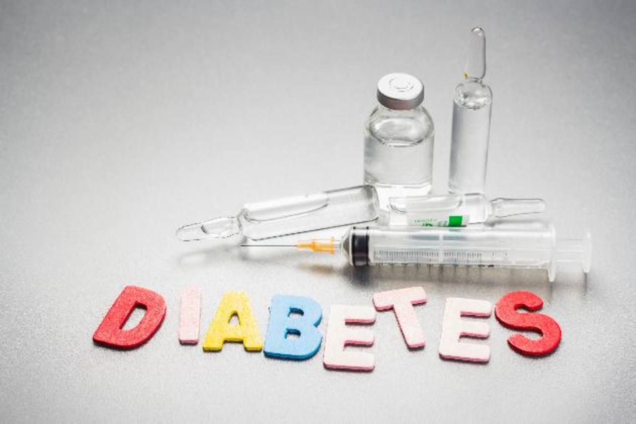 Esta afección acarrea otros padecimientos como las enfermedades cardiovasculares, amputación de miembros inferiores y fallas renales, entre otras.