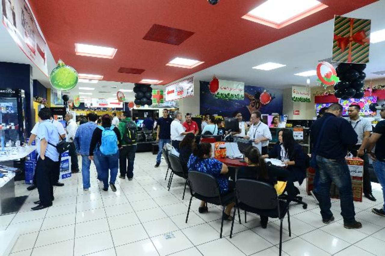 Una gran variedad de tiendas se unirá este año para ofrecer descuentos atractivos para sus clientes. foto edh / Omar Carbonero