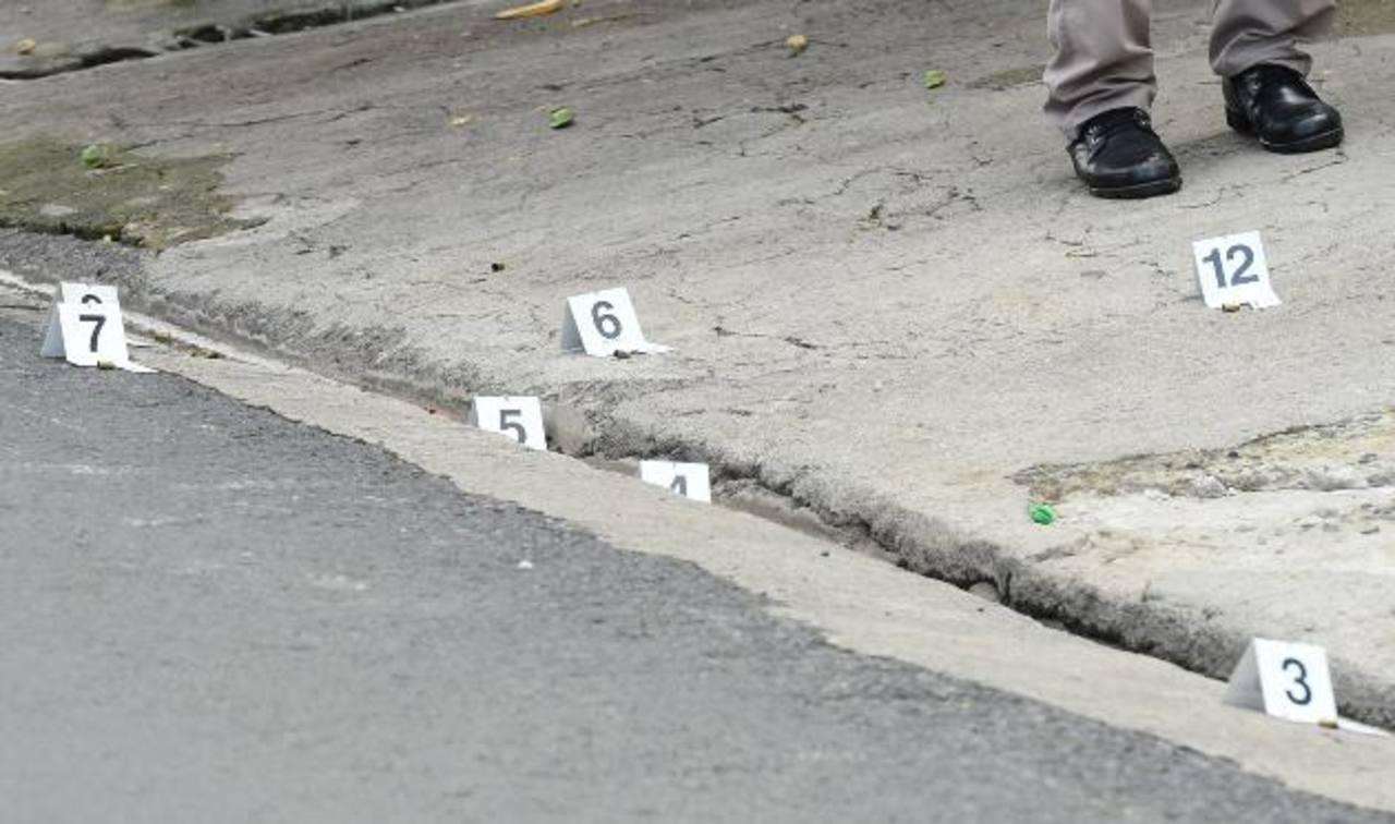 Matan a pandillero en nuevos enfrentamientos con policías y soldados