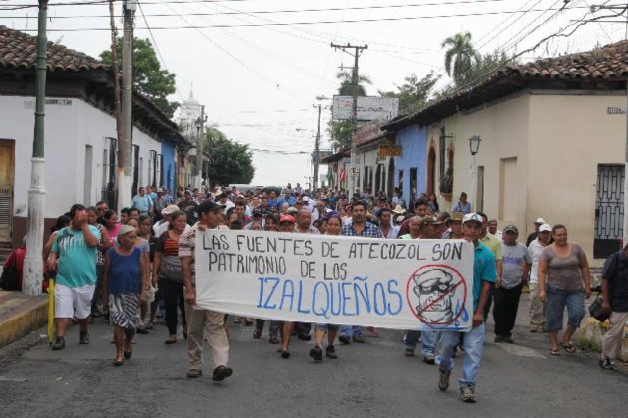 Los habitantes se oponen a que la Anda ejecute el proyecto en el Turicentro Atecozol. fotos edh /cRISTIAN DÍAZ