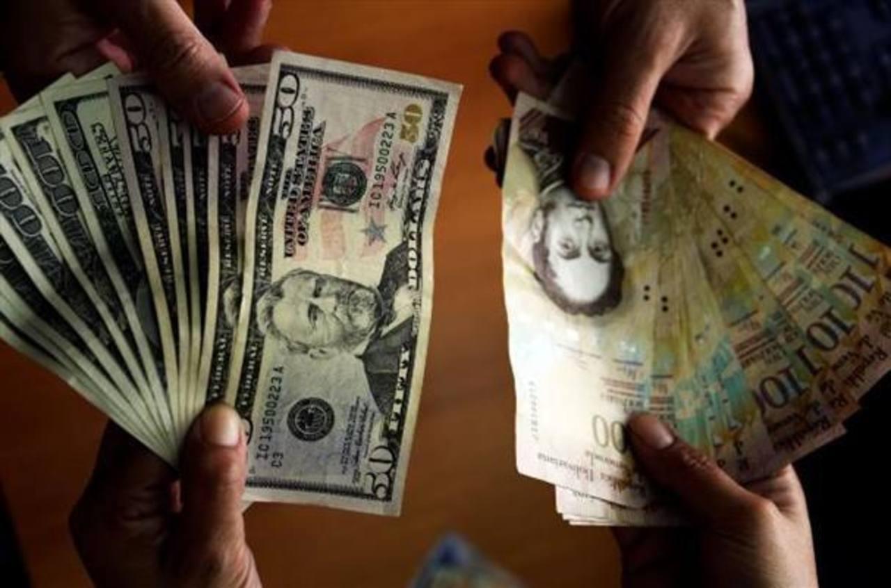 Petrodólares se retiran de mercados financieros