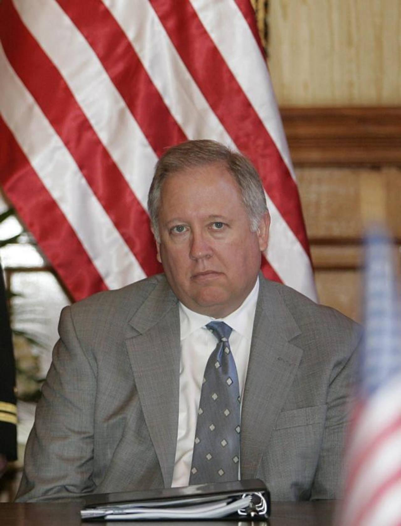 Thomas Shannon se reunió con el presidente Sánchez Cerén en julio pasado, cuando el mandatario fue a Washington.