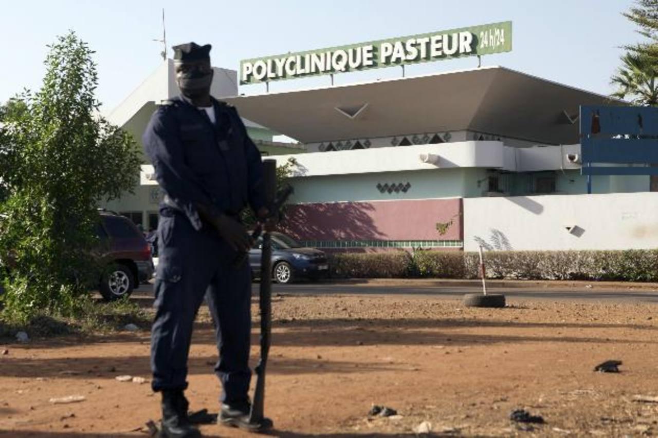 Las autoridades de Malí mantienen en cuarentena a decenas de persosnas por sospecha de padecer ébola
