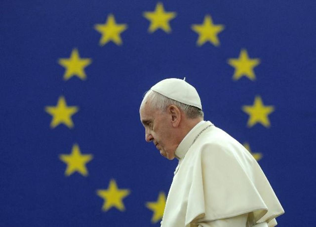 Papa a Europa: Acepten inmigrantes, creen empleos