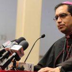 Monseñor José Luis Escobar Alas augura las listas abiertas para 2015. Foto edh / Claudia Castillo