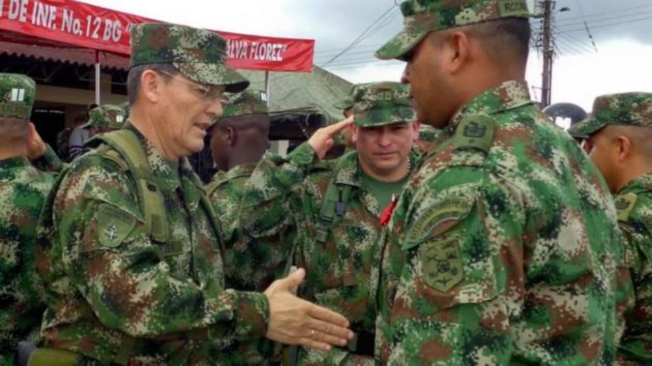 FARC liberan a general del ejército retenido