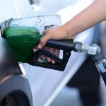 Entre $0.09 y $0.25 bajan los precios de los combustibles