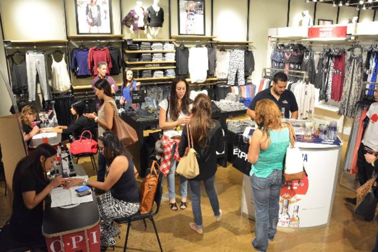 Los clientes fueron consentidos con los servicios. foto edh / David Rezzio