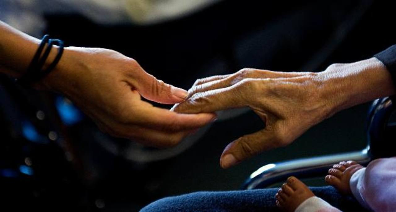 El Alzheimer, que causa la pérdida de la memoria entre otros síntomas, afecta a más de 44 millones de personas en el mundo.