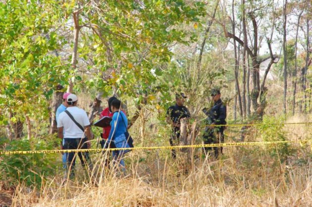 Agente de la DAN mató a 2 primos con quienes departía en Usulután