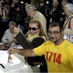 Cataluña acoge votación informal de independencia