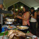 Los asistentes al noveno festival gastronómico se fueron satisfechos con la variedad culinaria que desgastaron y aseguran que este superó las expectativas. Foto edh / Lucinda Quintanilla