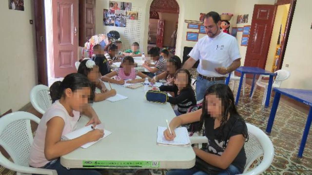 Los niños y jóvenes tienen la oportunidad de ocupar su tiempo libre y aprender otras artes. Foto edh / Roberto zambrano