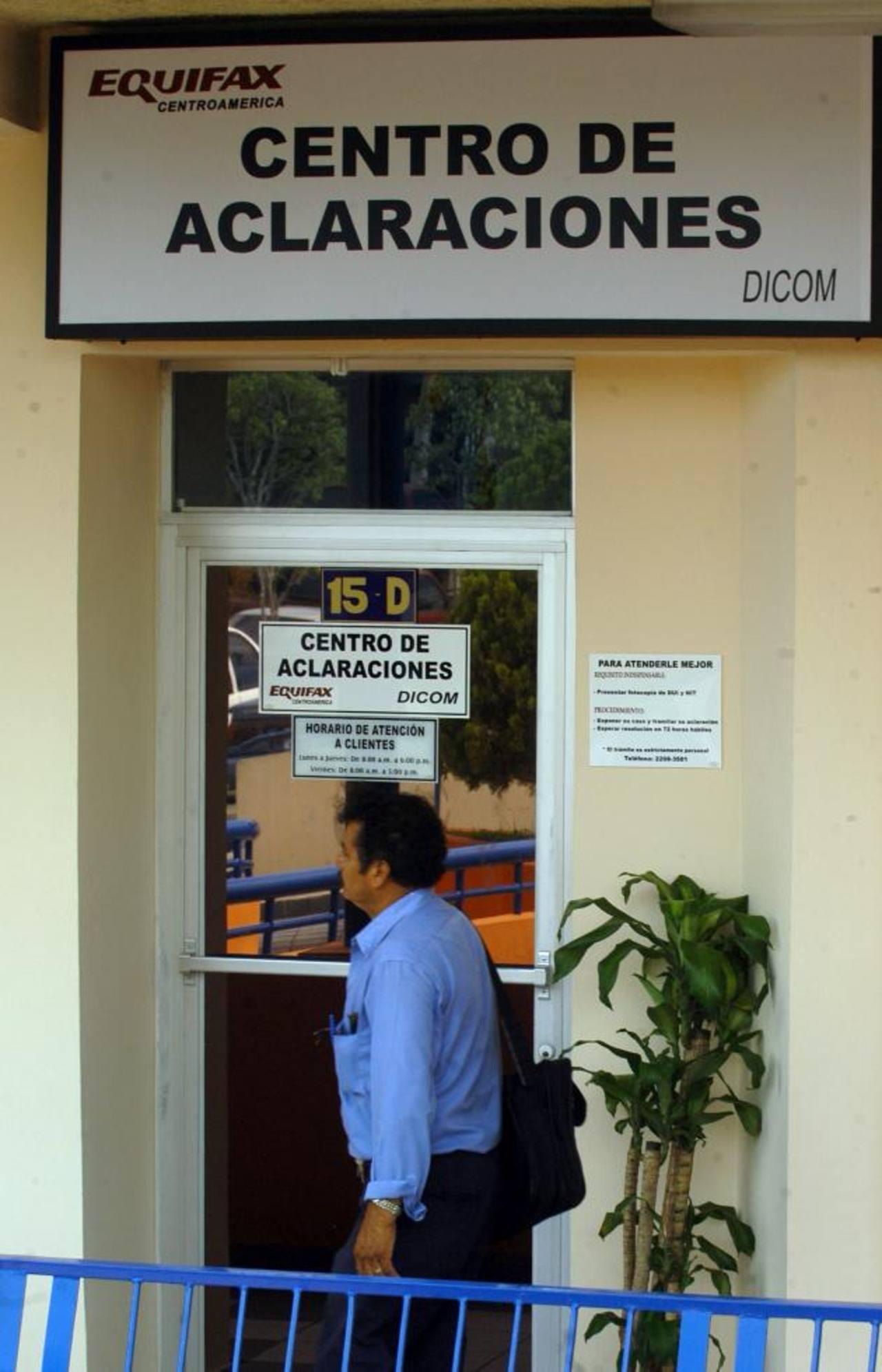 El cierre de Equifax fue ordenado el pasado martes 28 de octubre, en horas de la mañana. Foto EDH / Archivo