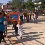 Registran en video balacera durante desfile infantil en México